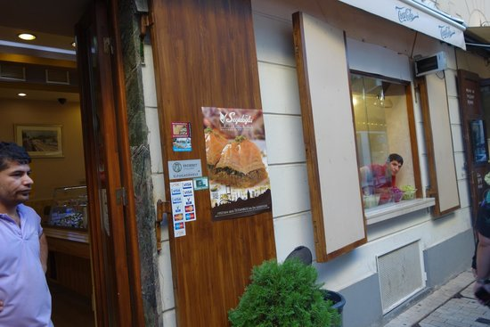 Istanbul Kebab & Grill - Turkish Restaurant: Front of the restaurant includes an open window for orders directly from the sidewalk.