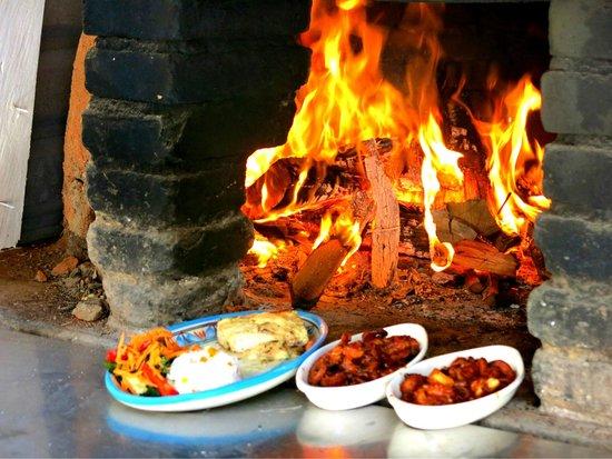 Nivel Mar Beach Club & Restaurant: Wood burning oven
