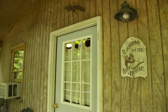 Valle Crucis Farm: Nut house front door