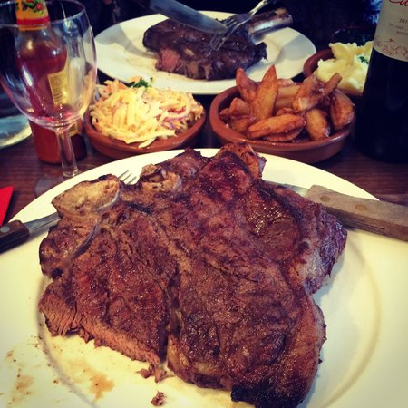La Vaca: I went big... The 32oz T-Bone..
