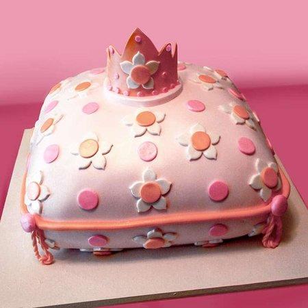 Sweet Memories Bakery Princess Themed Birthday Cake