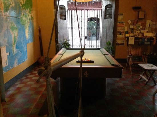 ‪‪Hostal La Tortuga Booluda‬: Pool table‬