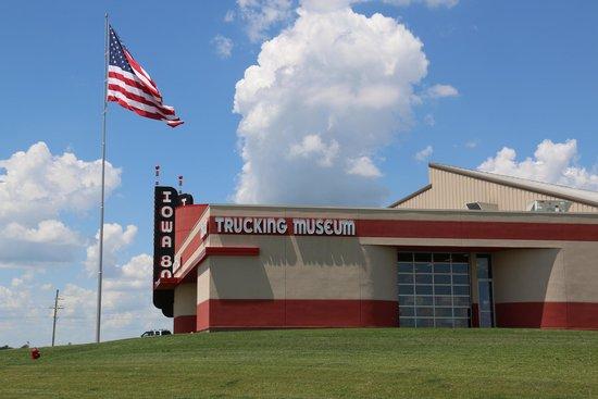 Iowa 80 Trucking Museum: i80 trucking useum