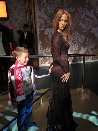 Madame Tussauds London: Jenny and her a... :)