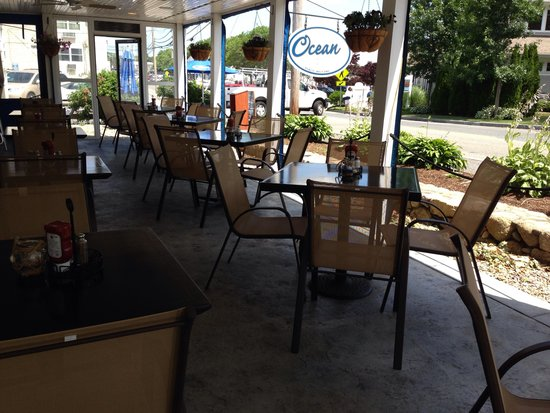 Oceans: Outside patio overlooking the Hyannis Harbor