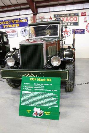 Iowa 80 Trucking Museum: trucks on display