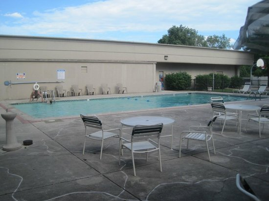 Quality Inn Detroit - Troy: pool, Quality Inn Detroit-Troy, Troy, MI, July 2014