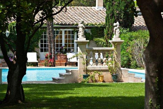 Hostellerie les Frênes : le parc