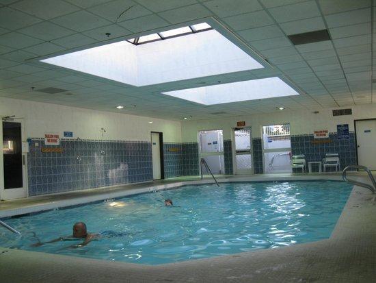 Pool picture of shilo inns klamath falls klamath falls tripadvisor for Klamath falls hotels with swimming pool
