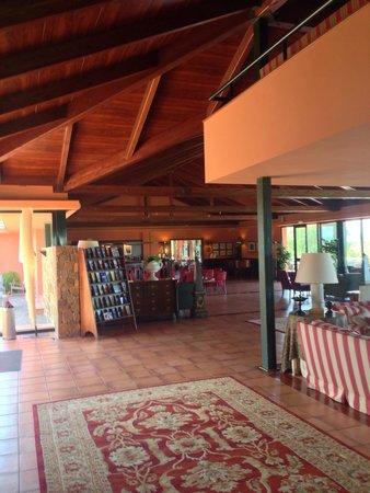 Apartamentos Suites Vila Birdie: La réception