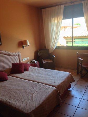 Apartamentos Suites Vila Birdie: La chambre