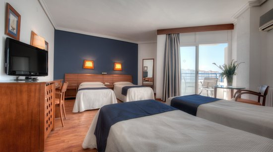 Hotel Puertobahía & Spa: Habitación Cuádruple