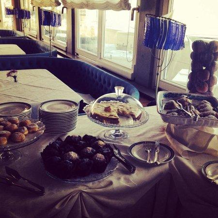 Grand Hotel Ortigia: Torte tipiche..pasticceria