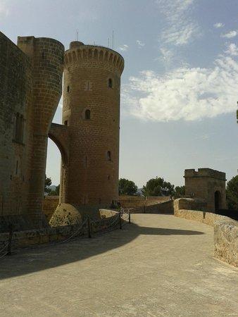 Castell de Bellver: A tower