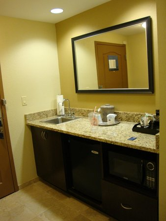 Hampton Inn & Suites Jacksonville South - Bartram Park: Hampton Inn & Suites Jacksonville - Bartram Park; vanity