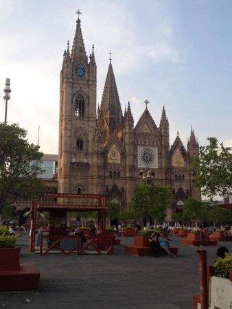 Expiatory Temple: Expiatorio de Guadalajara