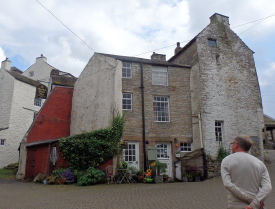 Pet Friendly Hotels Near Carlisle