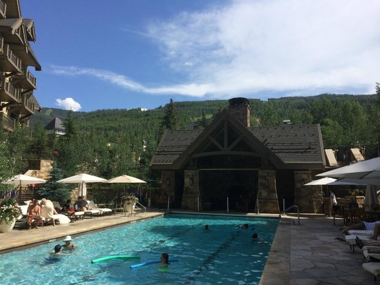 Four Seasons Resort and Residences Vail: Pool