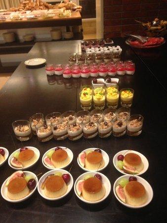 Dan Tel Aviv Hotel: dinner