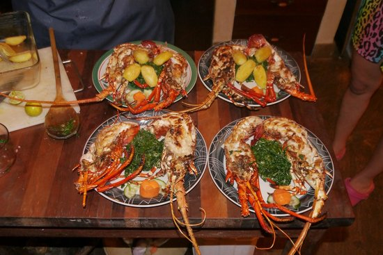 Kitu Kidogo Cottages: Our meal =o)
