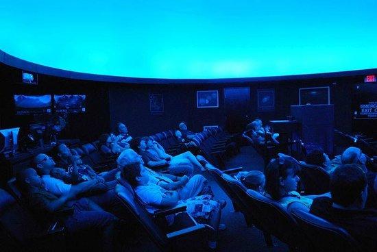 Newport News, VA: Full dome Abbitt Planetarium