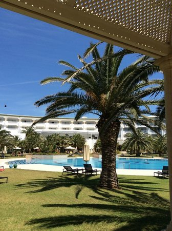 Hotel Oceana Hammamet : hotel and pool