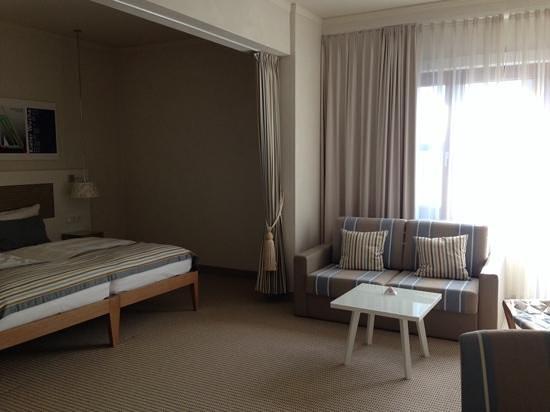 Steigenberger Conti-Hansa: Spare sofa bed