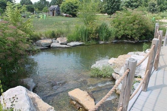 The Arboretum: Inviting scenery.