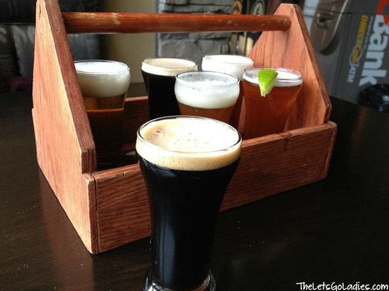 Jasper Brewing Company: Can't decide what to drink? Get the beer sampler!