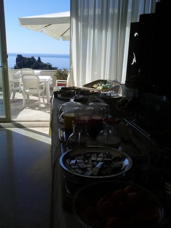 Hotel Isola Bella : colazione
