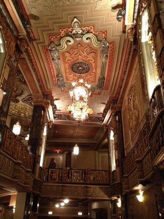 Oriental Theatre: beautifil inside