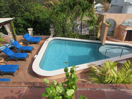 Little Arches Boutique Hotel: Pool Area!