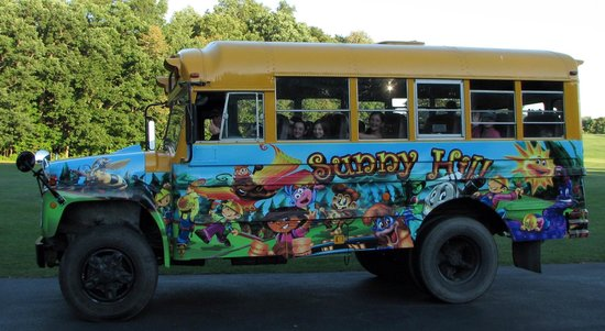 Sunny Hill Resort and Golf Course : Fun Bus