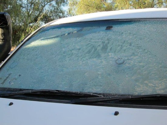 Koedoeskloof Country Lodge : Ice on our windscreen
