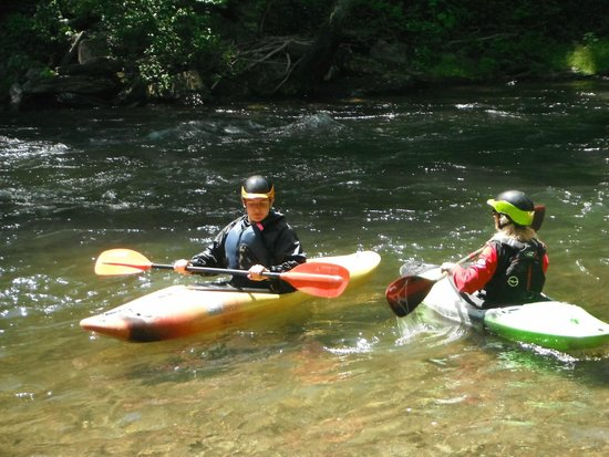 Endless River Private Adventures: Student and Instructor on the Nantahala
