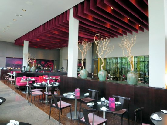 The Gibson Hotel: Gibson Hotel dining area
