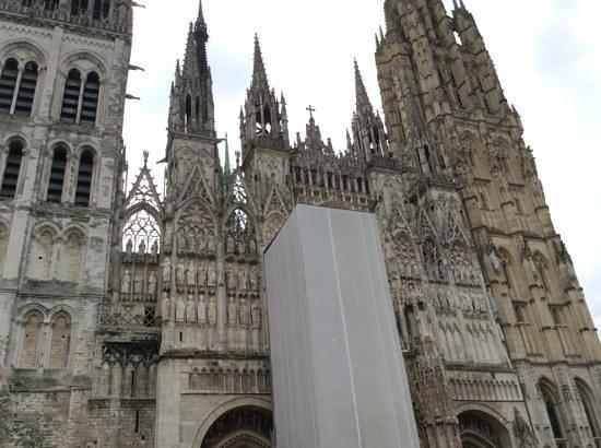 Cathédrale Notre-Dame de Rouen : Outside of church