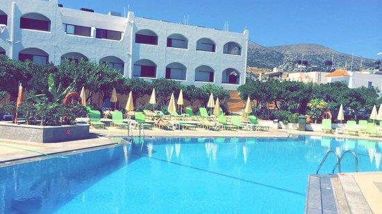 Malia Holidays : Pool