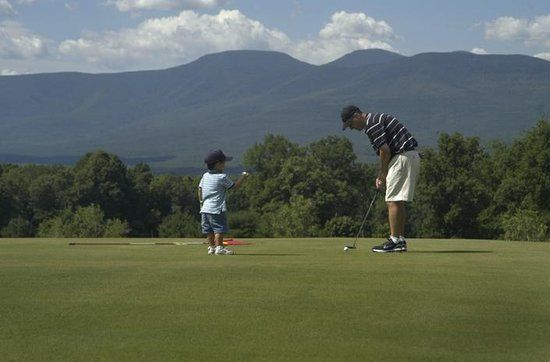 Sunny Hill Resort and Golf Course : Family Golf