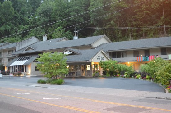 Jack Huff's: Street view of office and entrance