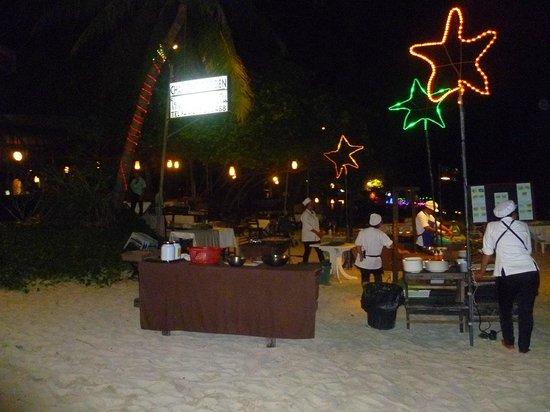Chaweng Noi Beach: uno dei tanti ristoranti sulla spiaggia