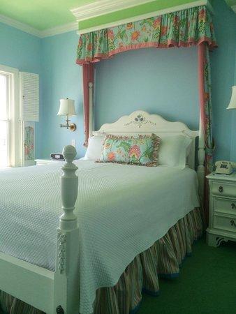 Hotel Iroquois: Lakeside room