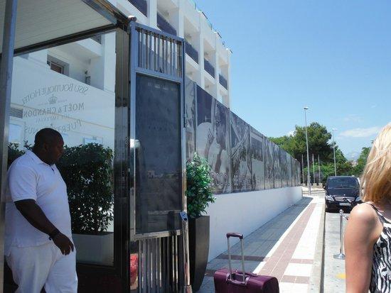 Sisu Boutique Hotel & Spa: Entrance of hotel