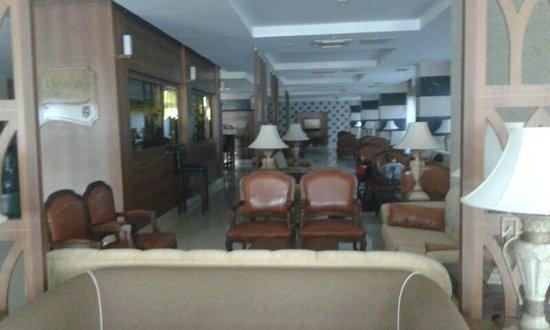 Vera Verde Resort: lobbies