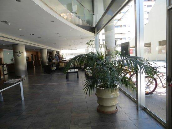 Sercotel Malaga : Hotel Lobby