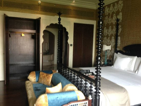 Fairmont Jaipur: the suite