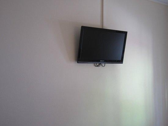 Hotel Hostal Marbella: Televisión habitación
