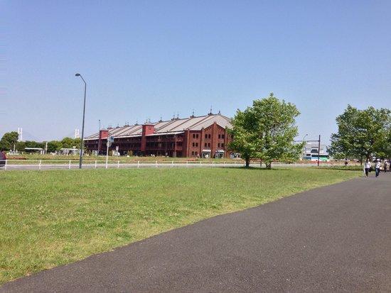 Yokohama Red Brick Warehouse: 赤レンガ倉庫