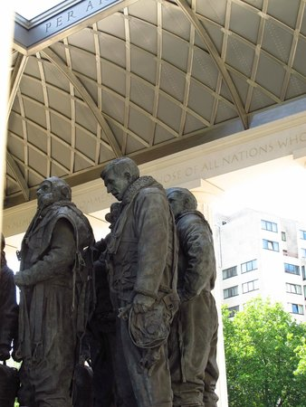 Bomber Command Memorial: A view of the beautiful rooftop