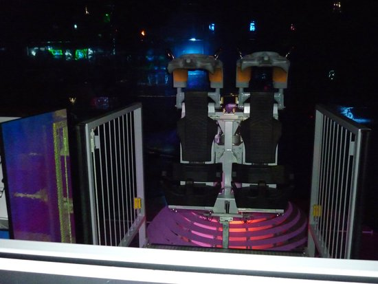 Futuroscope: LES ROBOTS